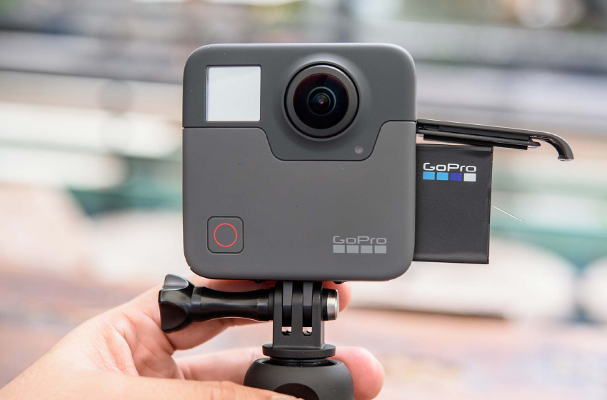 GoPro Fusion - Camera hành trình có chế độ chụp hình 360 độ.